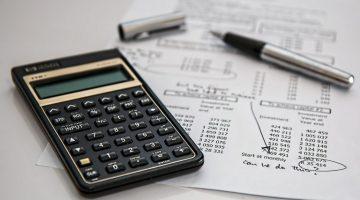calculator-385506_1920-768x452